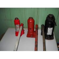 Домкрат бутылочный гидравлический 25 тонн -200 руб./сутки. Залог 5000 руб